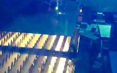 Video testrit nieuwe lasersnijmachine Felyon